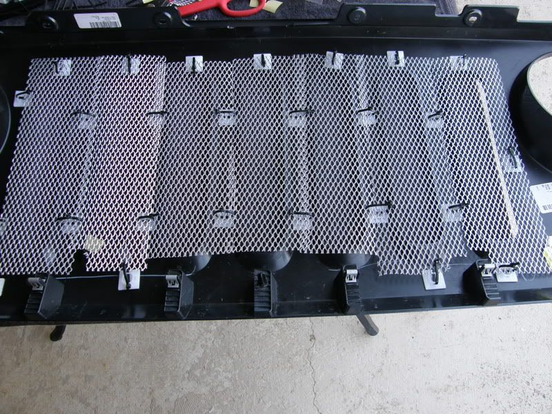 Did The Mesh Grill Mod To Mine Today Jeep Wrangler Forum Diy