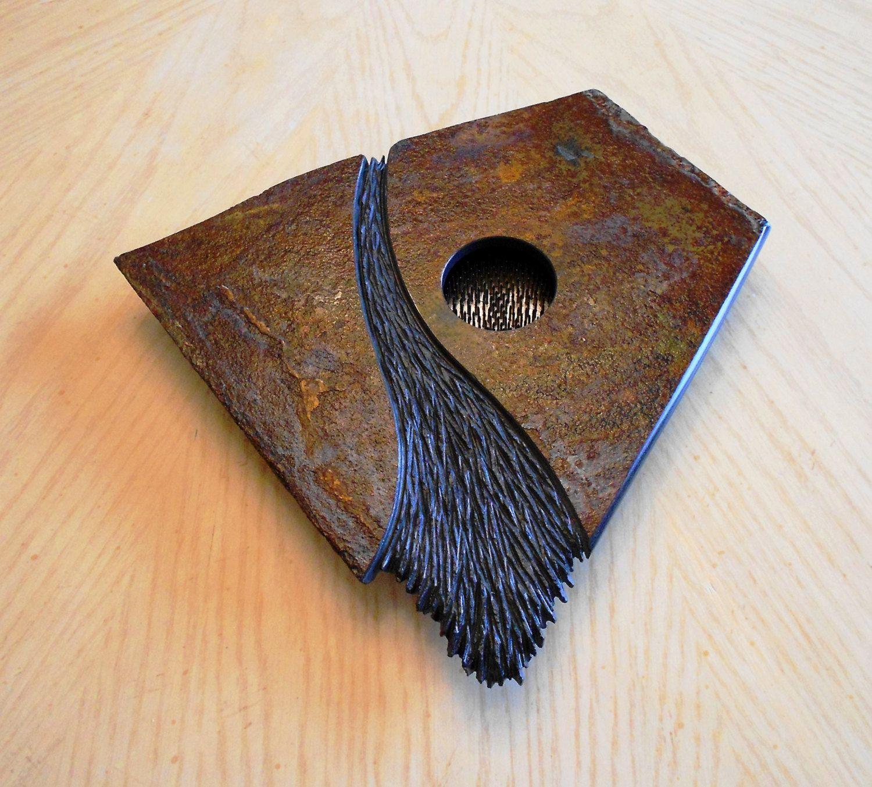 Pin by Mary Koevenig on Vases, etc. Ikebana, Slate stone