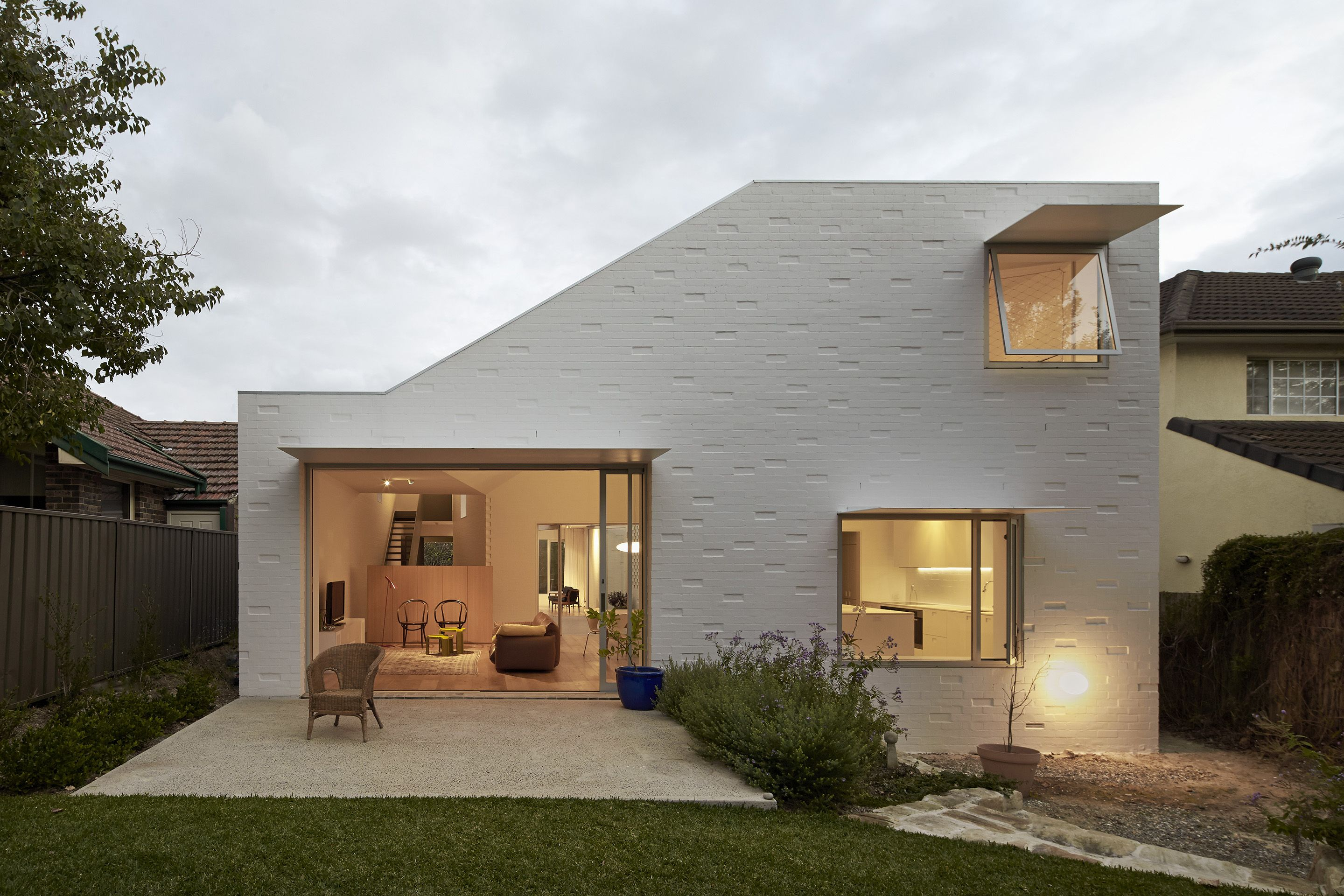 Love The White Textured Brick Finish On Exterior Of This Family Home In Sydney
