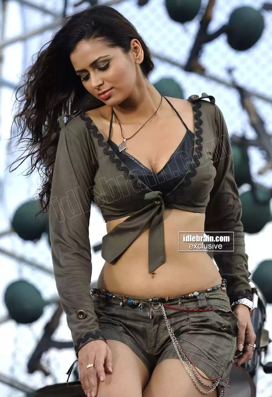 Tumblr Hot Indian Girls Top midriff | tumblr | girls | pinterest | navel, models and girls