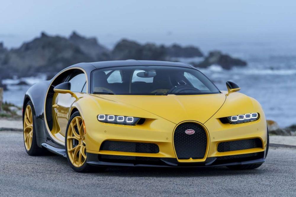 25 Cars With Incredibly Cool Headlights Bugatti Wallpapers Bugatti Chiron Bugatti Cars