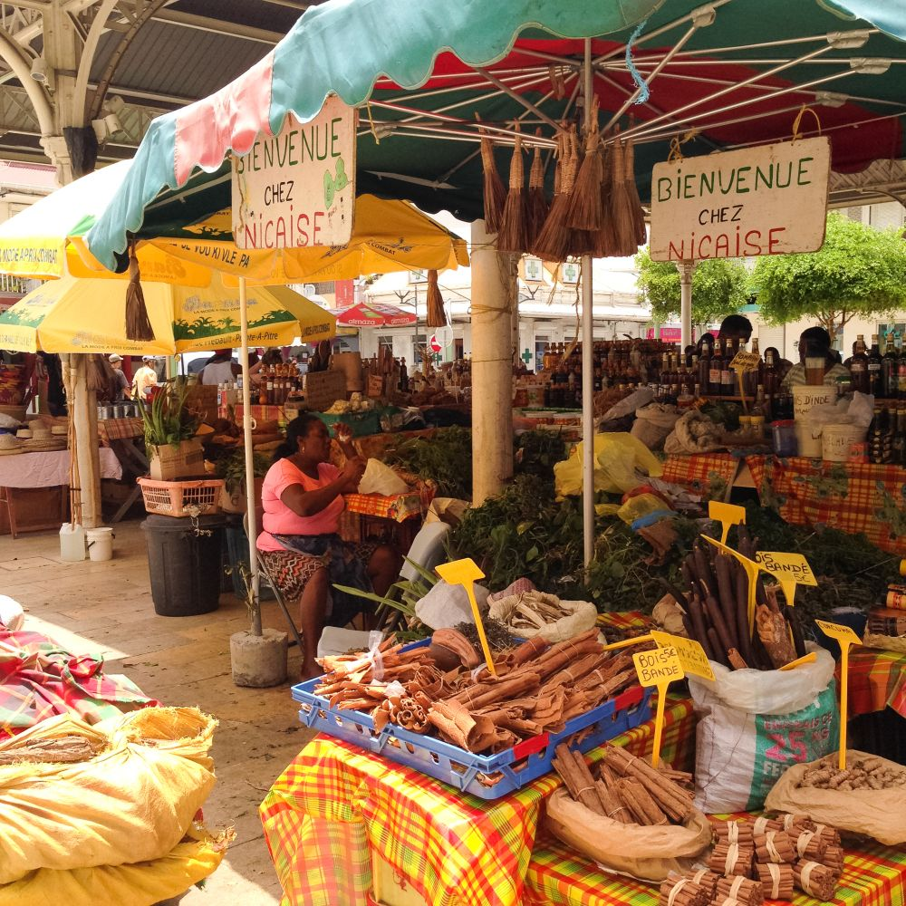couleurs et ambiances de marché | Guadeloupe, Ambiance et Couleurs