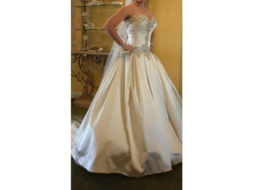 Pre owned wedding dresses  Allure Bridals  buy this dress for a fraction of the salon
