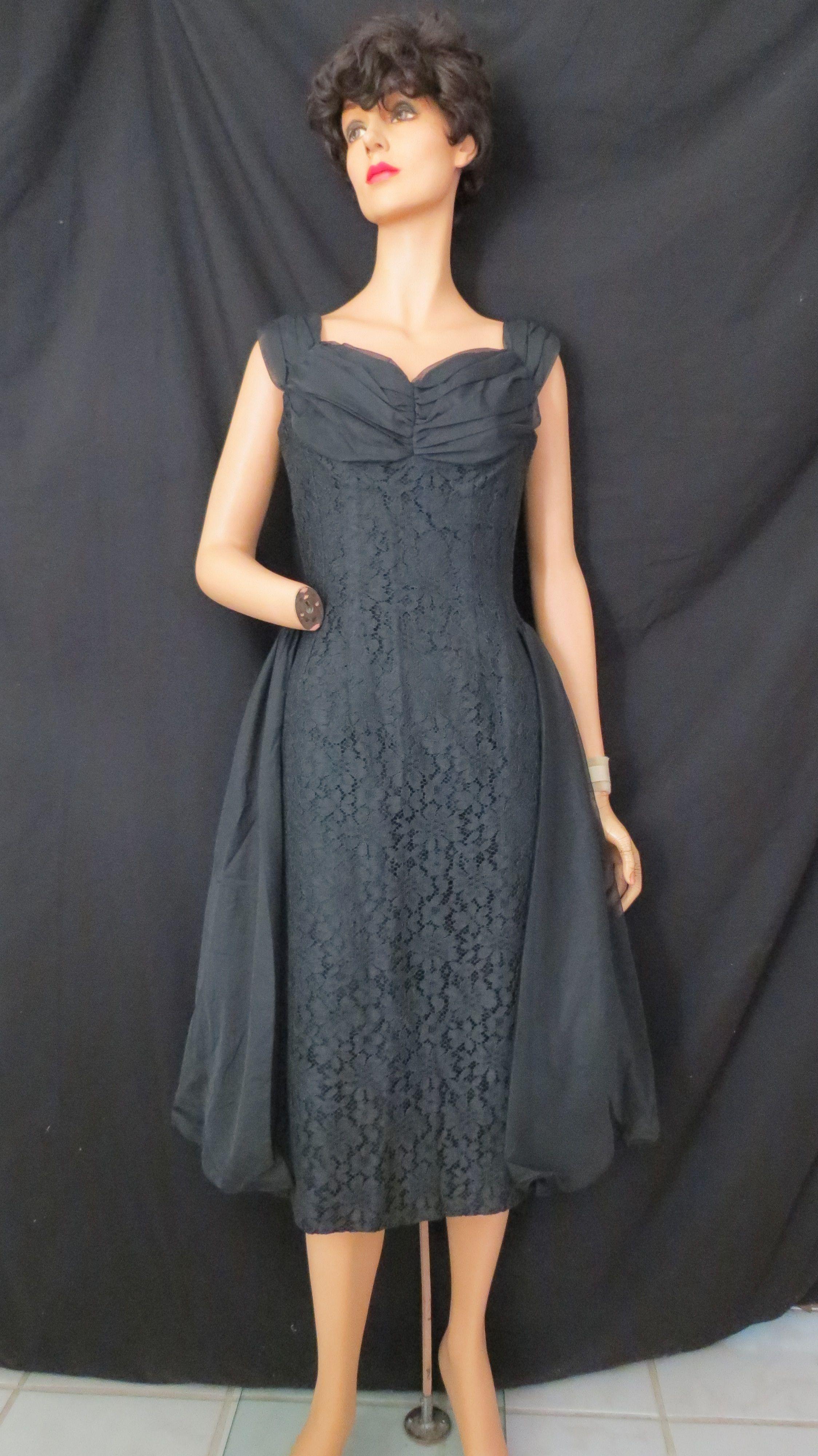 1950 S Early 1960 S Kennedy Era Lbd Cocktail Dress Cocktail Dress Dresses Fashion [ 4000 x 2248 Pixel ]