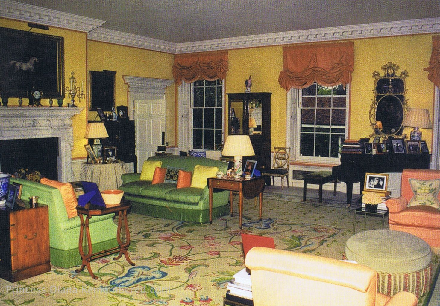 Diana's living room. http://www.princess-diana-remembered ...