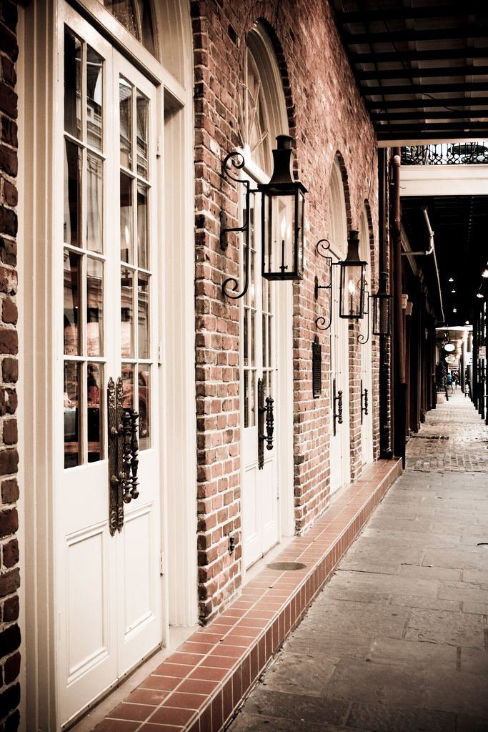 Gorgeous Doors And Lanterns New Orleans Architecture New Orleans Homes New Orleans French Quarter