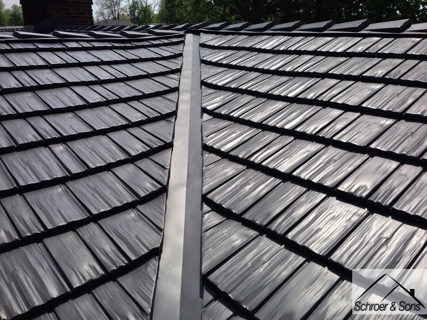 Two Rustic Shingle Metal Roof Installs Back To Back Quick Roofingshingles Metal Shingle Roof Metal Roof Metal Shingles
