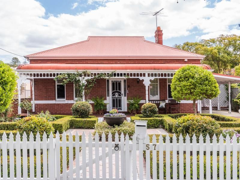 Classic Red Brick Workers Cottage Circa 1920 57 Cargill