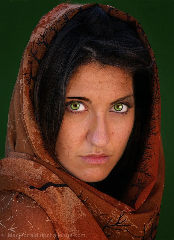 green eyes Afghan girl with