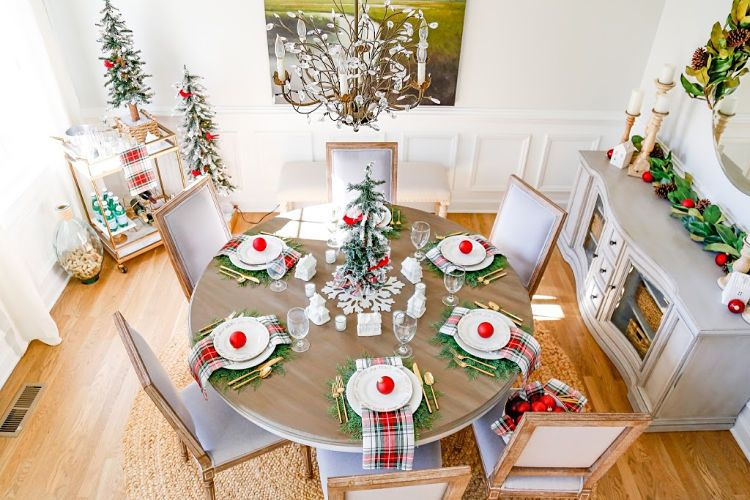 Christmas Village Table Setting And Holiday Entertaining Ideas Christmas Table Decorations Christmas Table Cloth Table Settings