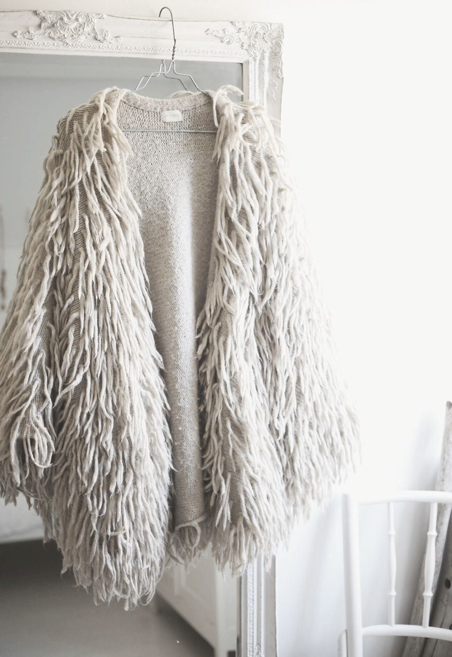 Comfy and Cozy White Furry Sweater for Winter | Winter Style | 2017 Holiday Outfits
