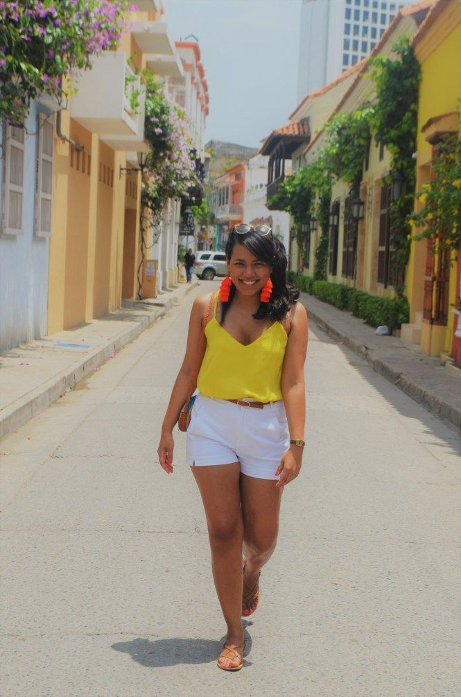 sale retailer 2e5f9 32f4c Wardrobe Essentials for your trip to Cartagena - The Lifestyle Lovers.  OUTFIT inspiration for your trip to Cartagena De Indias, Colombia