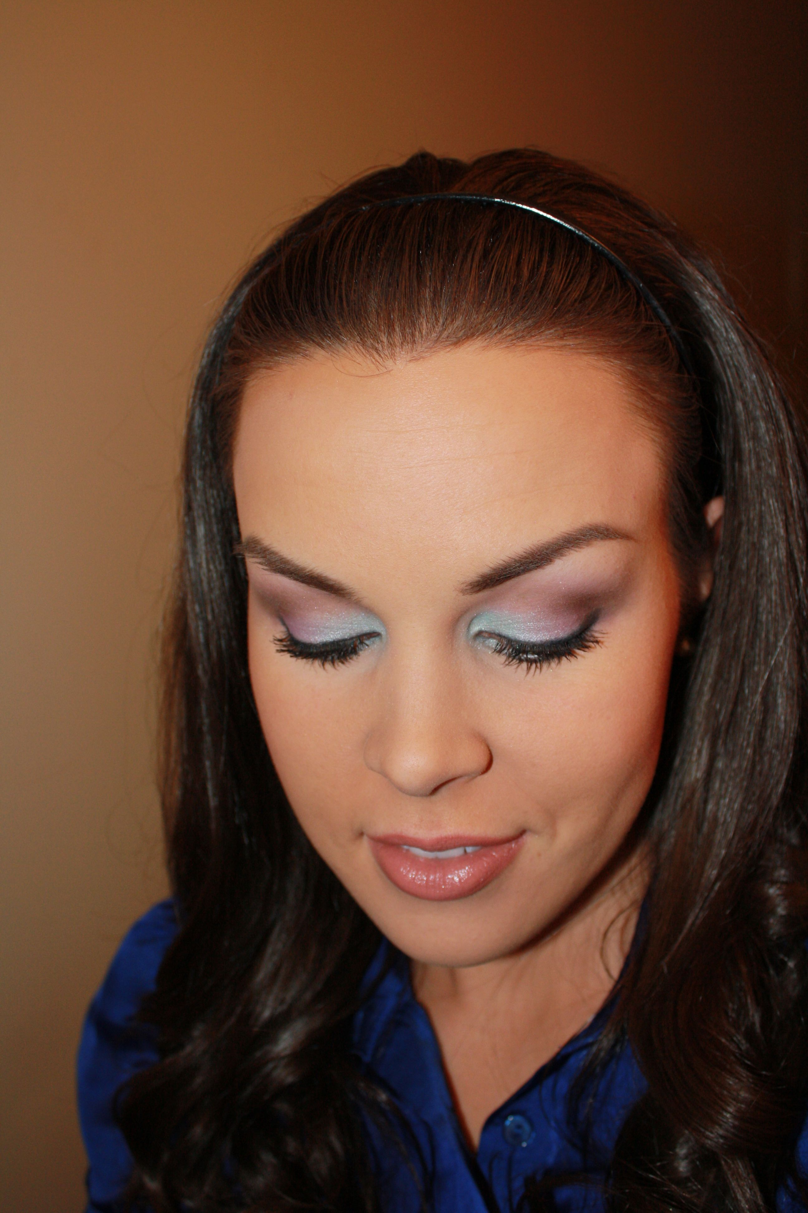Pretty pastels. This makeup artist shows how she does her