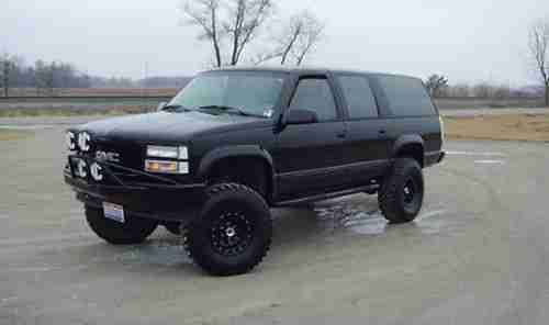 Sell Used 1993 Gmc Suburban 4x4 Lifted V8 K1500 3 Rows Seating