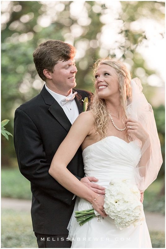 Bride And Groom Portraits At Sc State House Columbia Wedding Photographer Melissa Brewer Photography