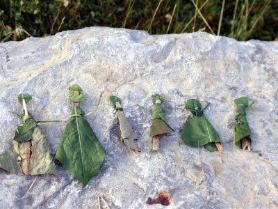 Leaf dolls