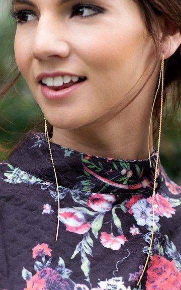 Thin Metal Dangling Earrings GOLD