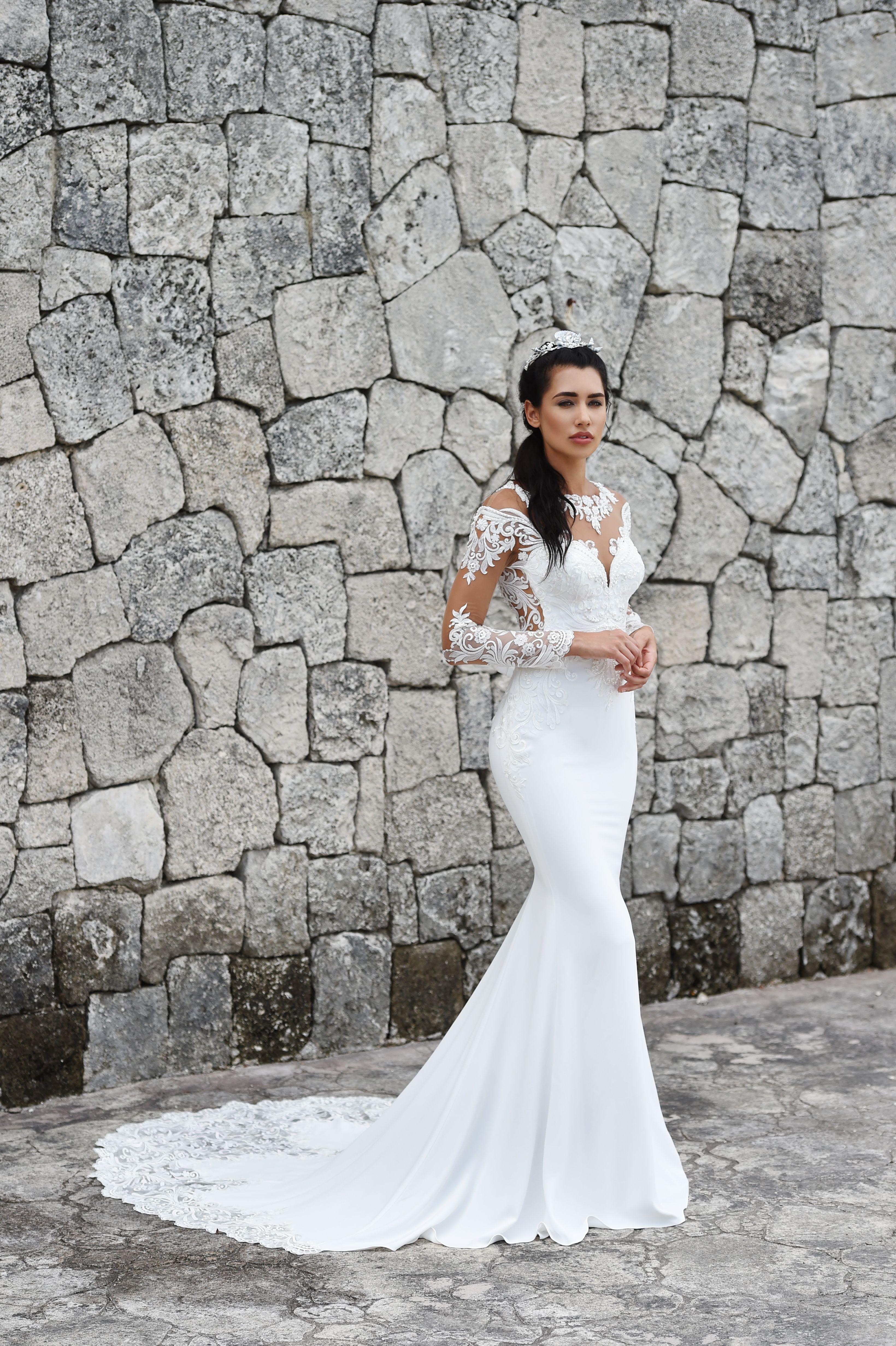 f26995da927e Dando London Signature 2018 bridal gown collection . Hyde Park - Column  style gown with illusion lace neckline and back