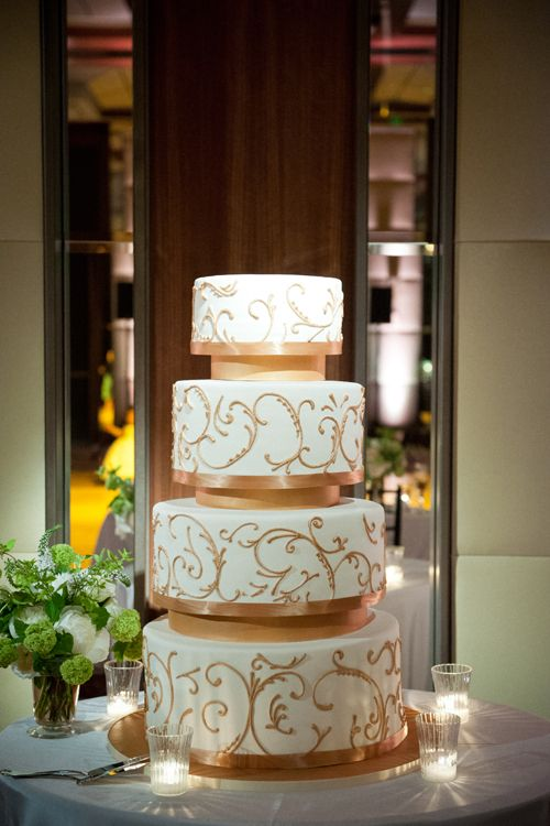 a classic ballroom wedding in baltimore maryland gold weddings wedding cake and cake. Black Bedroom Furniture Sets. Home Design Ideas