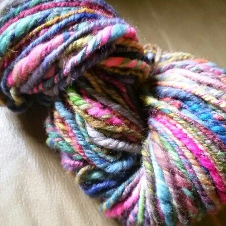 Handspun bulky yarn by iKNITiatives