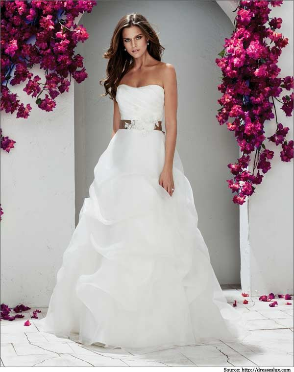 1000  ideas about Wedding Dresses San Diego on Pinterest  Modest ...
