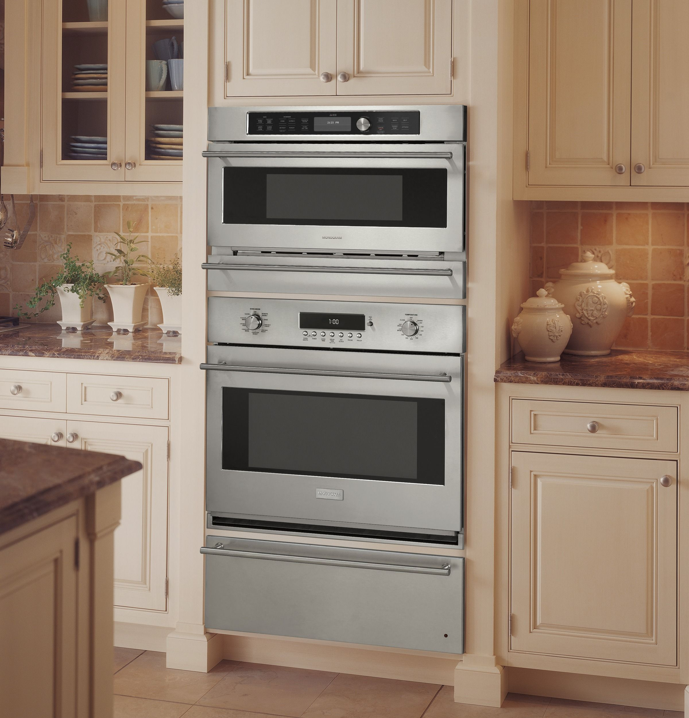 Ge Monogram Advantium Sdcooking Oven Installed Over A Single Convection Wall Warming Drawer