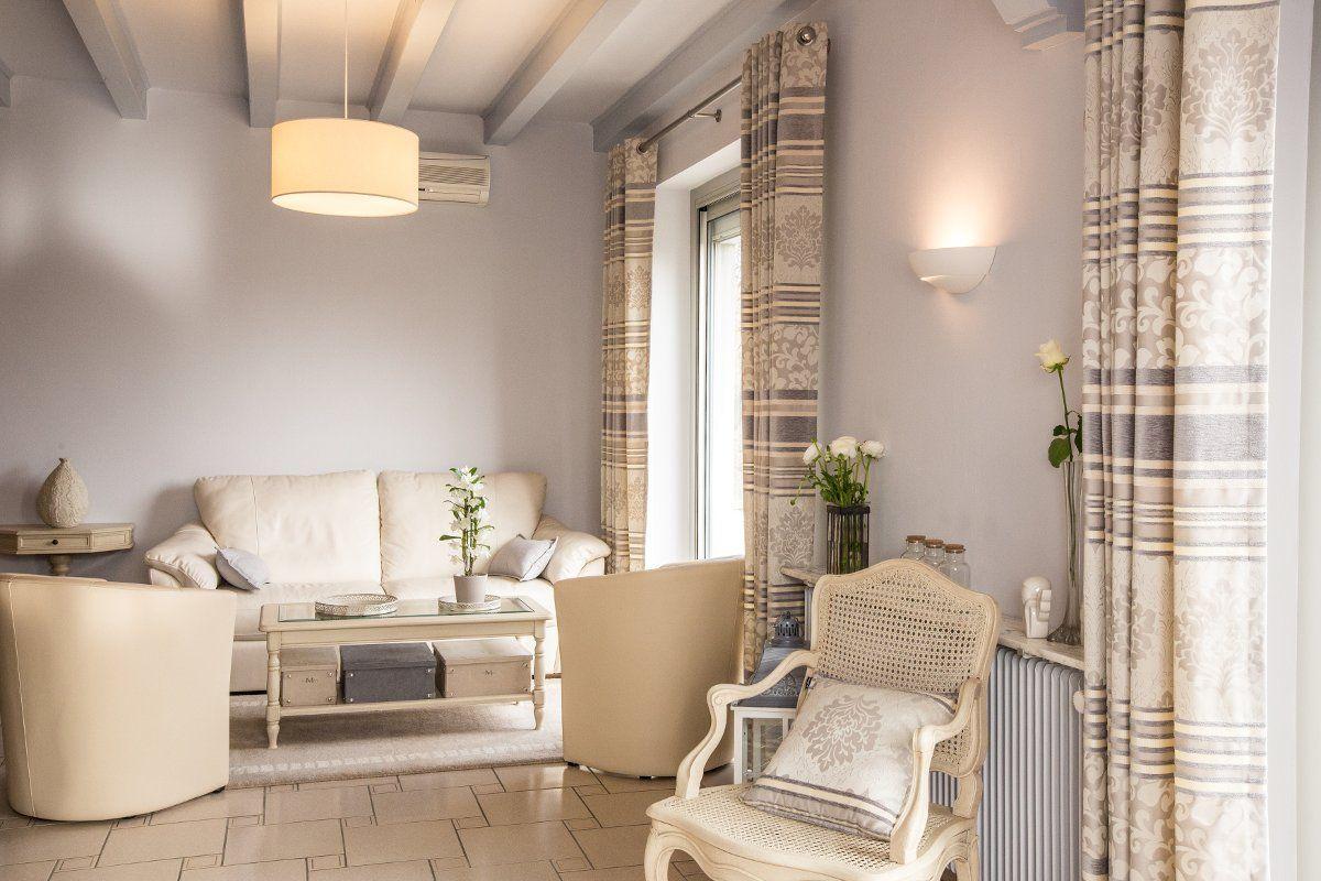 décoration de charme dans une maison d'obernai par a3 design, agence