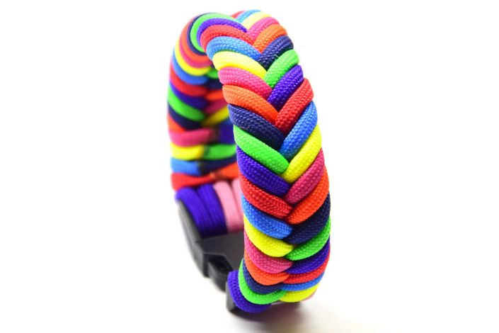8 farbiges Fishtail