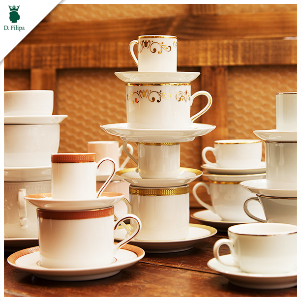Seja para o chá ou café, aqui na D.Filipa você encontra diversos modelos de xícaras. Venha até nosso showroom conhecer nossas opções. - http://goo.gl/uQvuQD