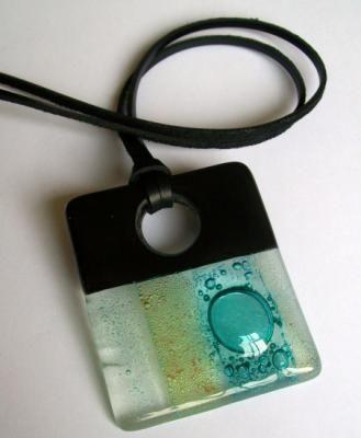 colar com pingente de vidro fusing colar vidro,couro fusing