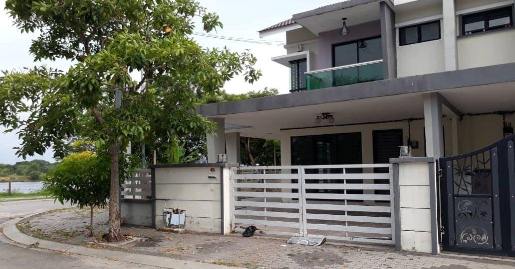 Assalamualaikum Salam Sejahtera Rumah Teres Corner Lot 2 Tingkat Di Taman Pengkalan Tiara Ipoh Untuk Dijual View Menghadap Tasik Ipoh Taman Balkon