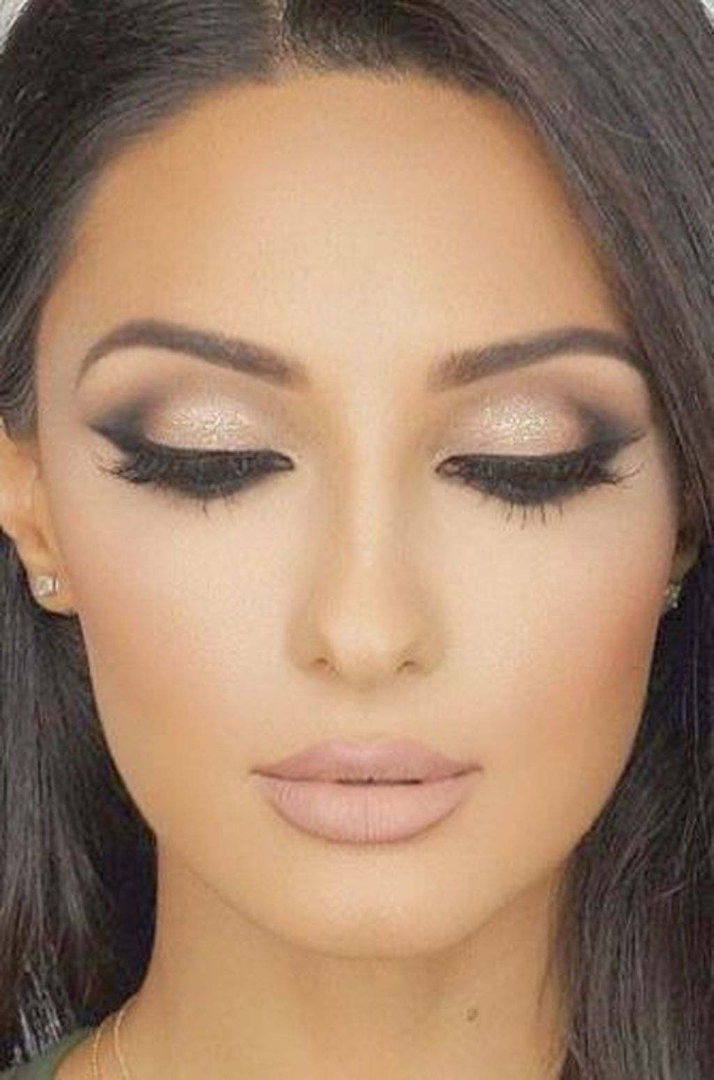 40 Beautiful Makeup Room Decoration In Your Small Space: 40 Fascinating Simple Smokey Eyes Makeup Ideas