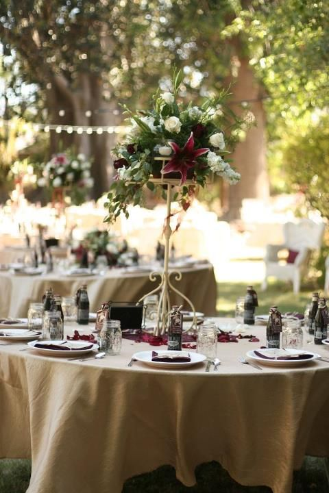 Absolutely beautiful tall table centerpieces with