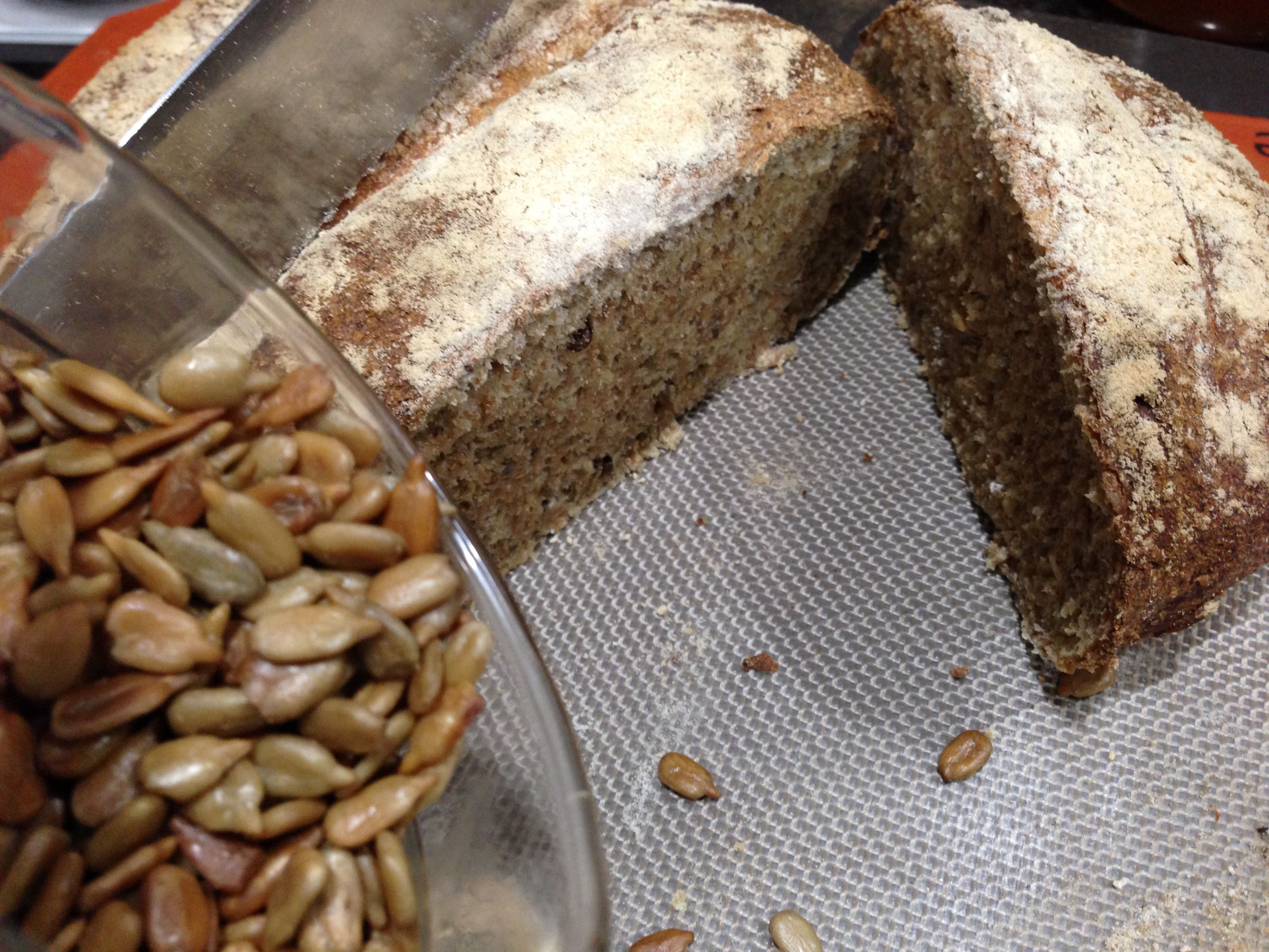 Whole Grain Bread with Seeds - Easy and healthy recipe from http://minimalistbaker.com/easy-homemade-wheat-bread/. Used chia seeds instead of flax seeds.