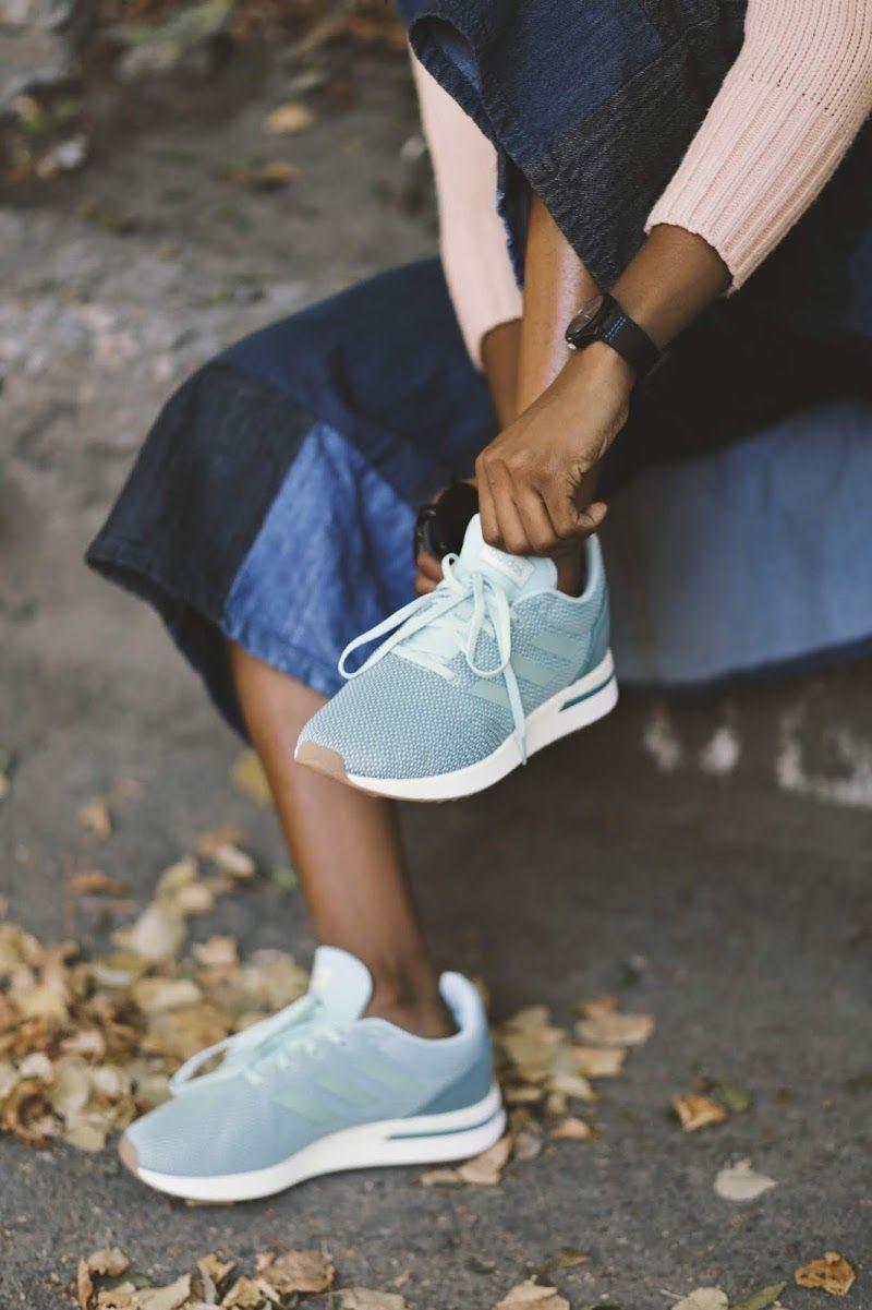 Кроссовки Adidas RUN70S B96561 женские