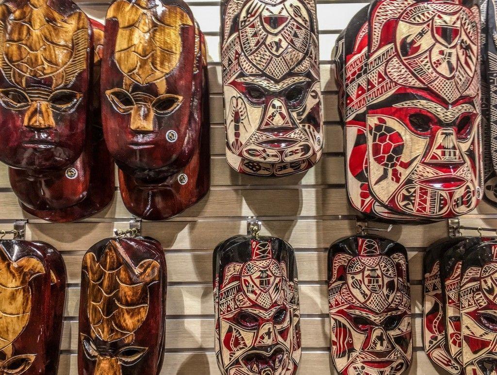 10 Traditional Souvenirs to Buy in Fiji   Fiji, Souvenir, Japan travel