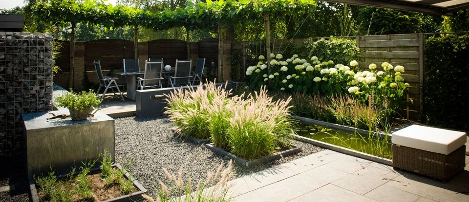 Tuinarchitect klaproos tuinen van tuinontwerp op maat for Tuinarchitect kleine tuin
