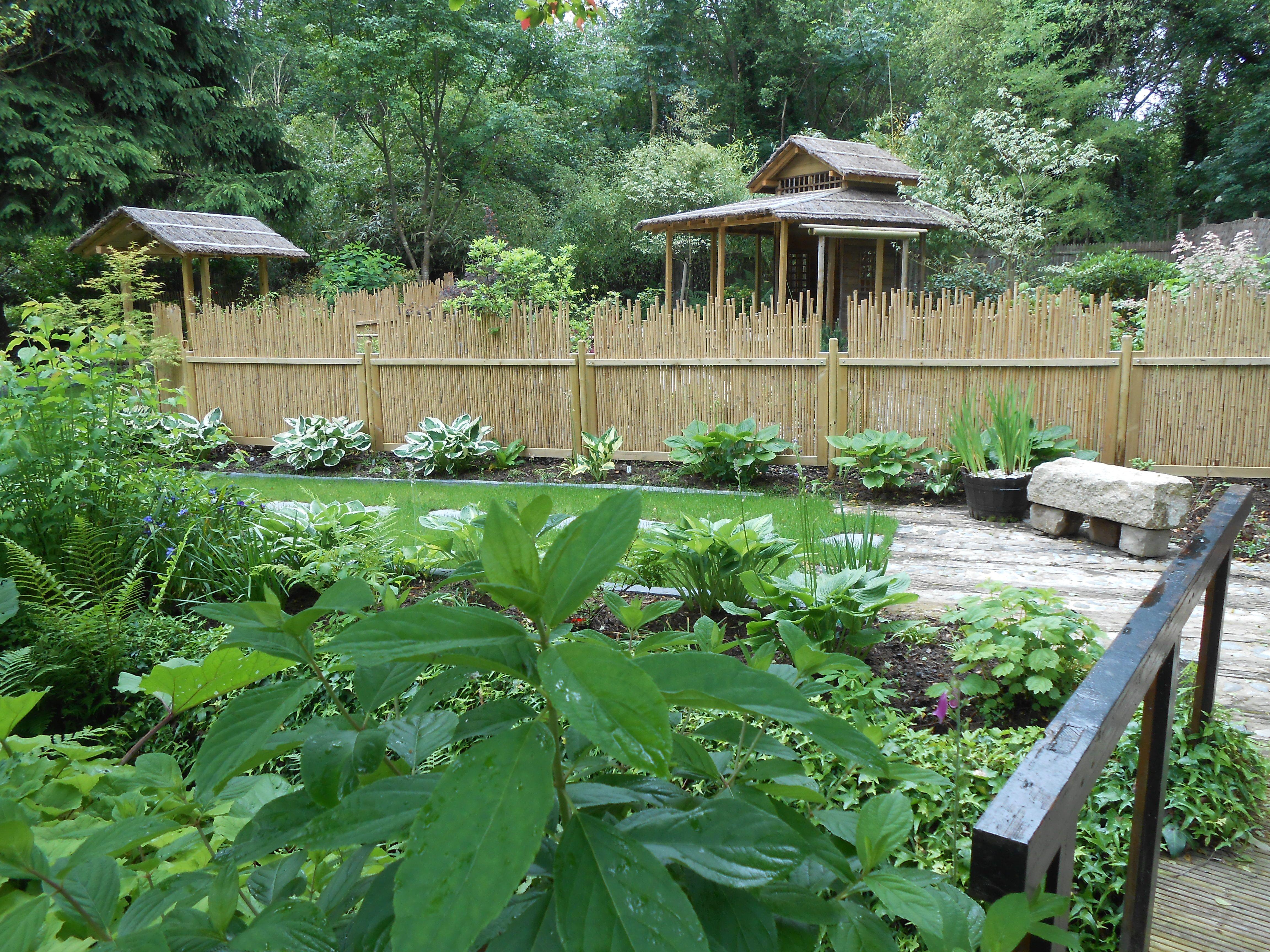 Brise Vue Jardin Japonais jardin japonais avec ses panneaux en bambou maru et yotsume