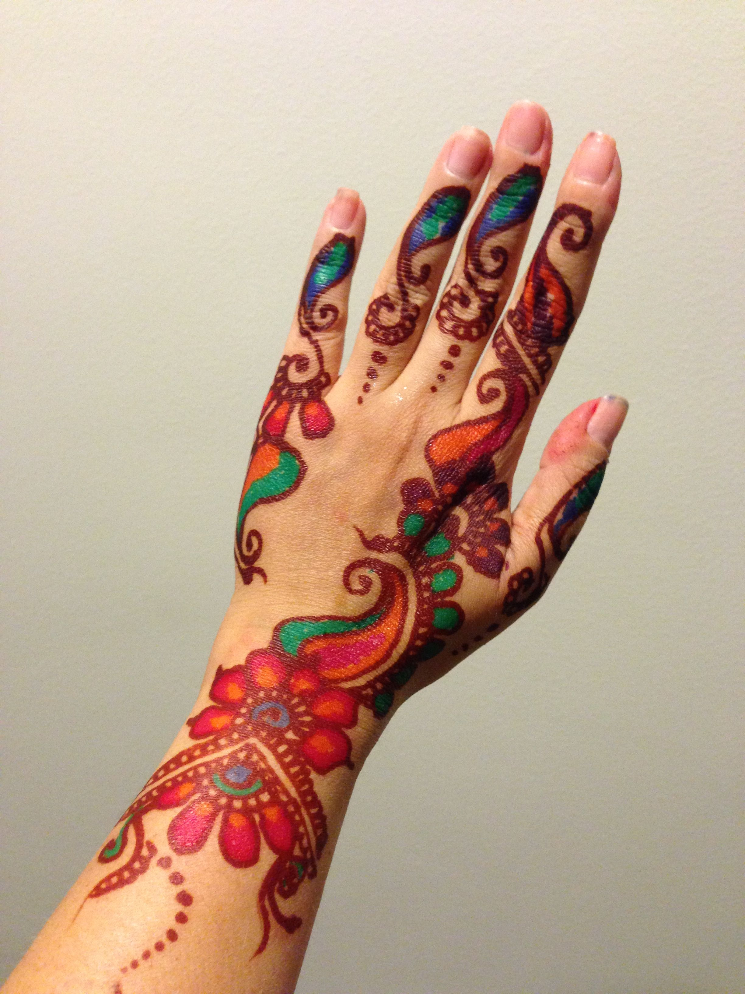 25 Trendy Henna Tattoo Designs To Try For Your Hands: My Holiday Multi-colored Henna Tattoo. Got It Done At The