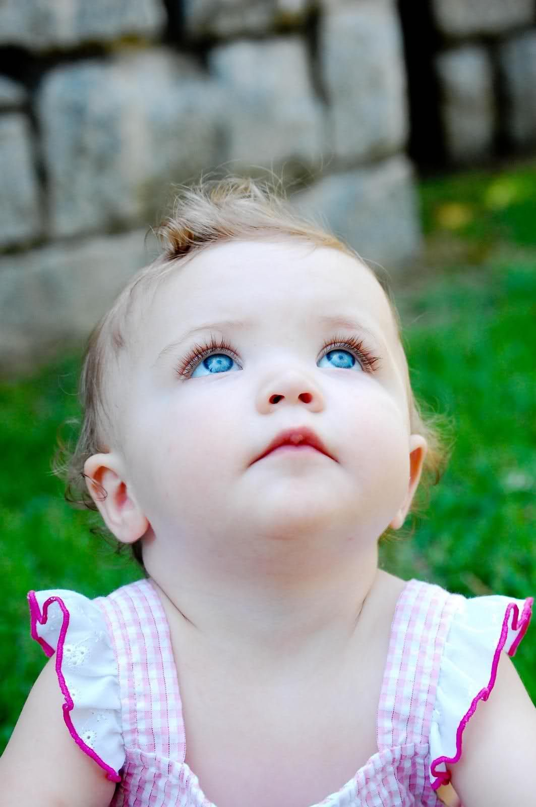 beautiful baby girl picture with cute expression | babies of all