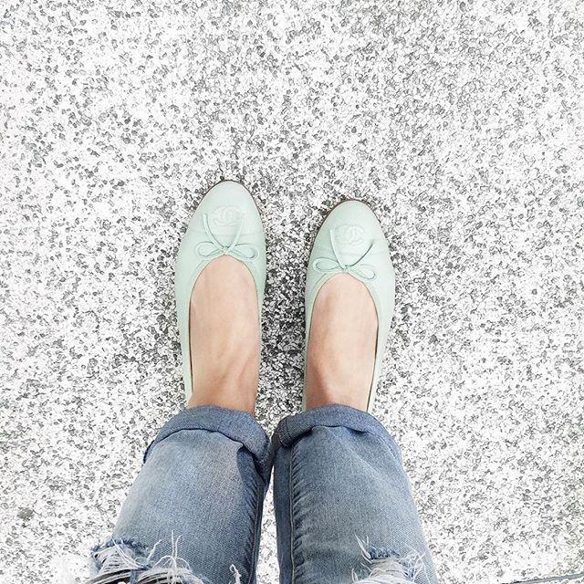 Spring vibes - sapatilha nova da Chanel verdinha, muito amor! Vic Ceridono | Dia de Beauté
