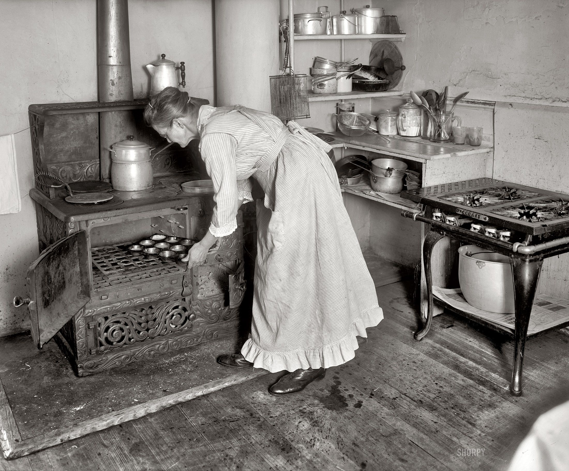 Granny\'s Kitchen: 1917 ~See enlarged photo at Shorpy Historical ...