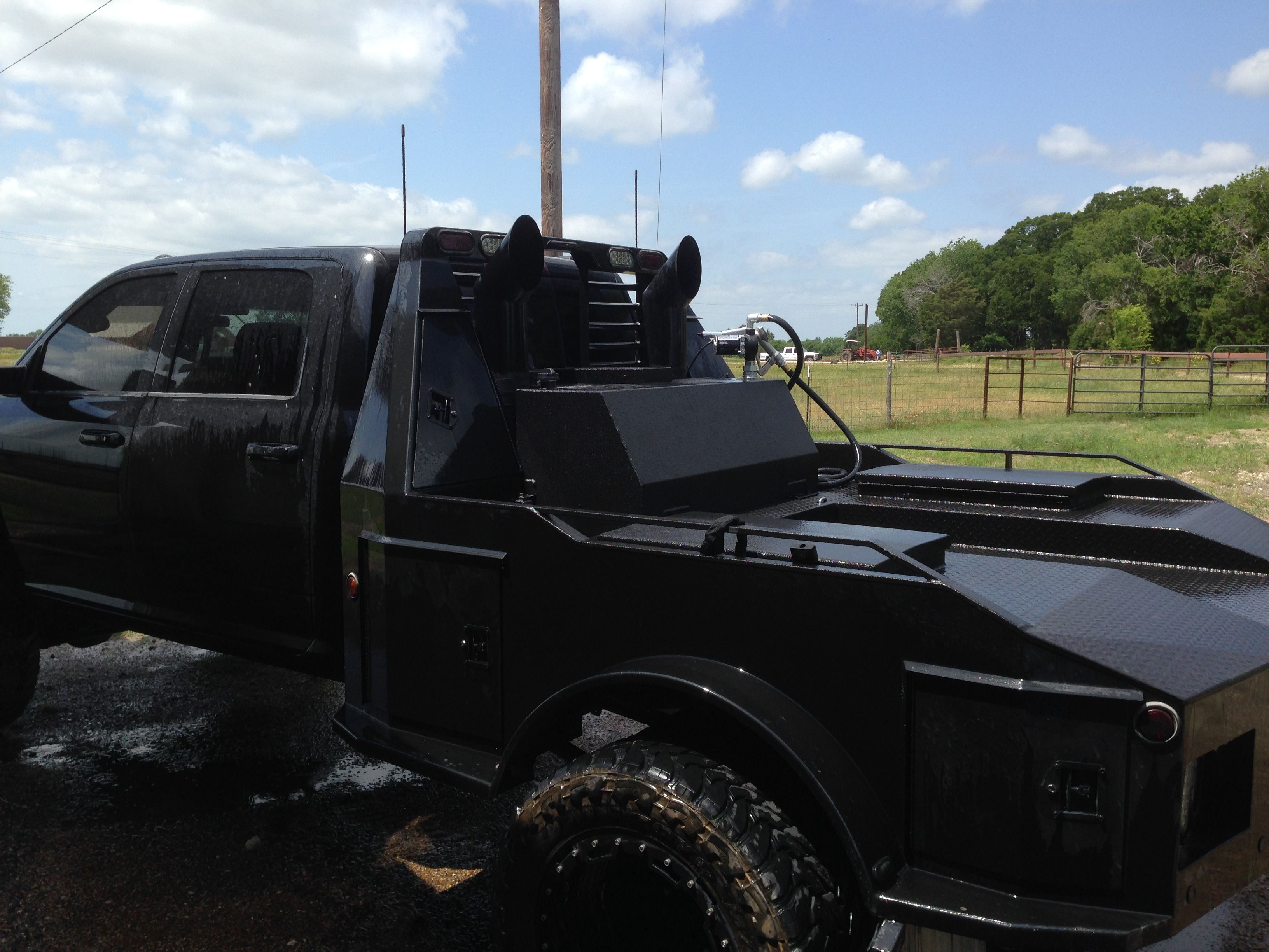 monster auxiliary fuel tank truck rack things pinterest truck bed black truck and. Black Bedroom Furniture Sets. Home Design Ideas