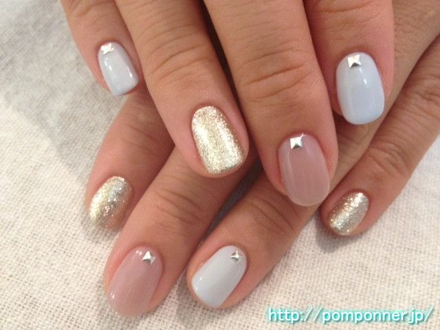 One nail color beige blue,gray gold ベージュ、ブルーグレー、ゴールドのワン