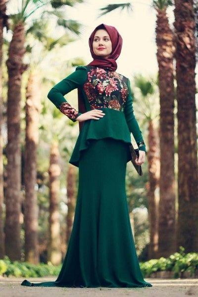 7d2894e0f3581 değişik zümrüt yeşili tesettür elbise modelleri havalı modeller ...