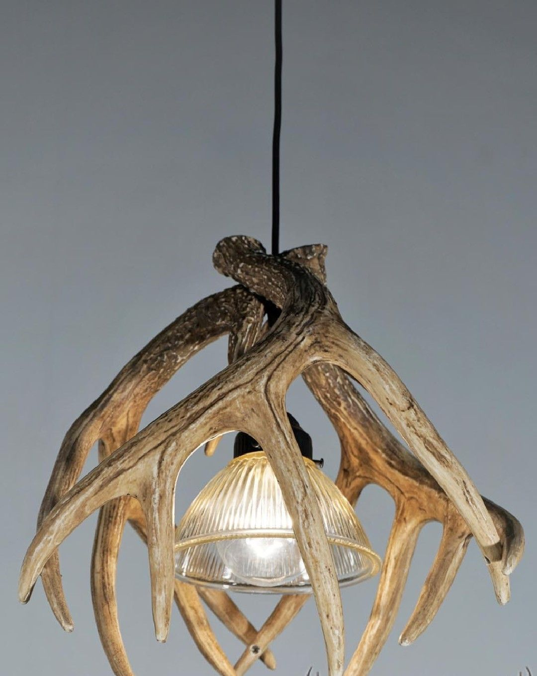 Awesome Rustic Deer Antler Decor Ideas Picture 24 Read More