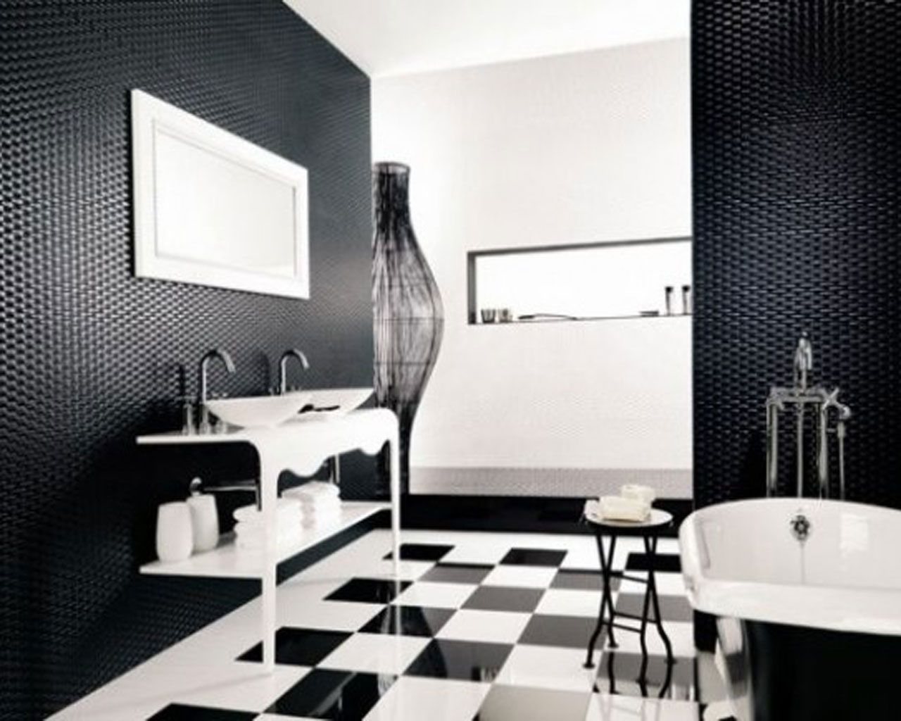 Traditional black and white bathroom - Find This Pin And More On Bathroom Black White