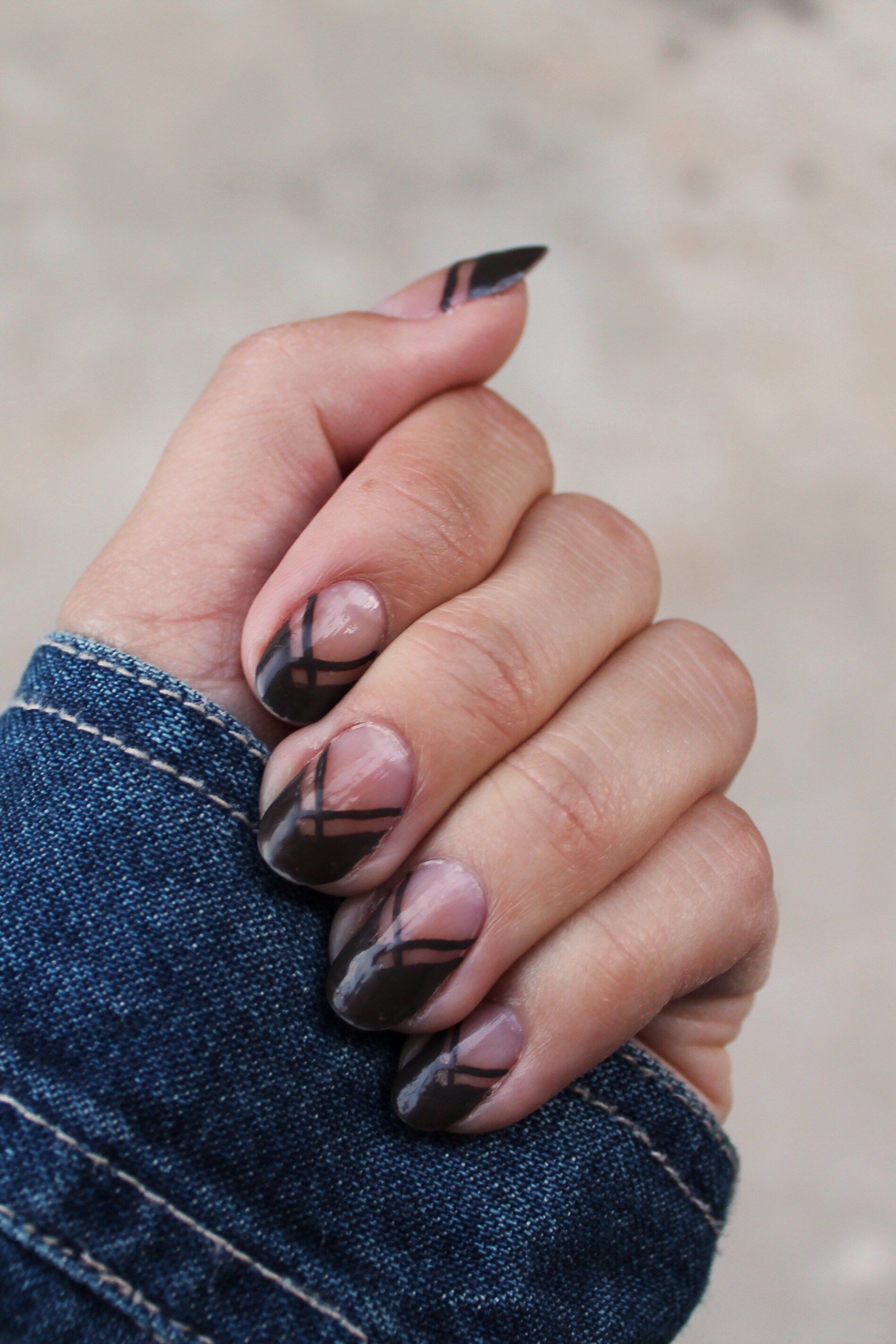 Charcoal Negative Space Nail Art | Pinterest | Grey nail art ...