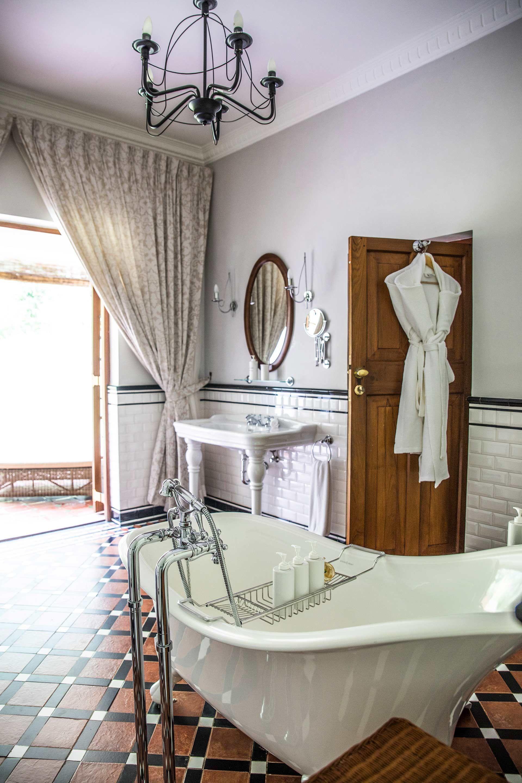 Ceylon Tea Trails, Sri Lanka #bathroomdesigninsrilanka ...