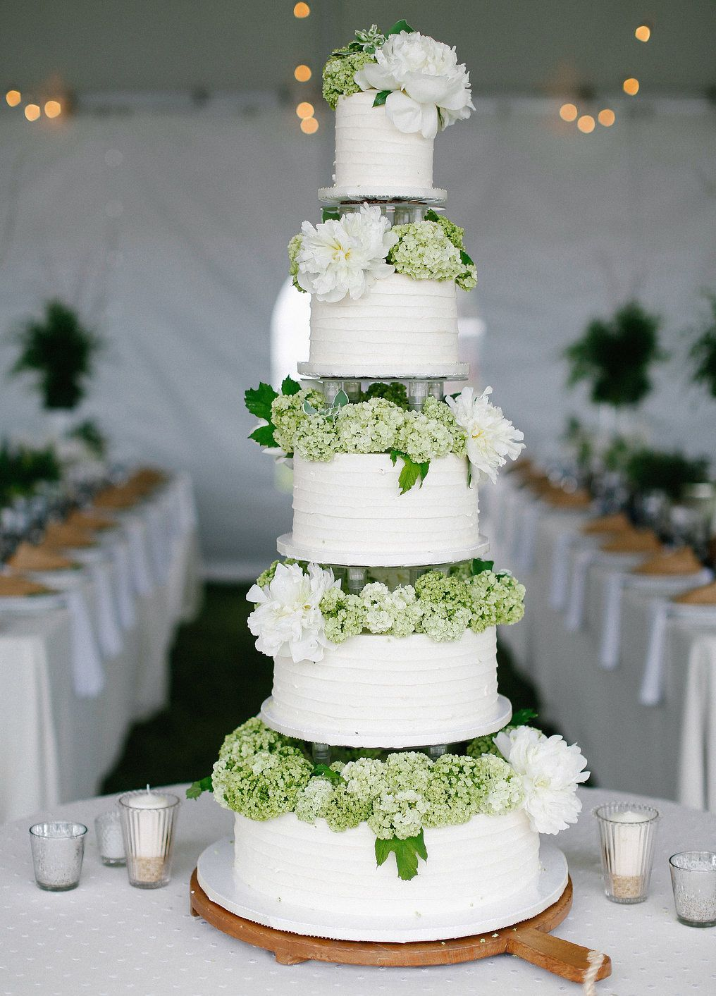 20 Ways To Decorate Your Wedding Cake With Fresh Flowers My Babies